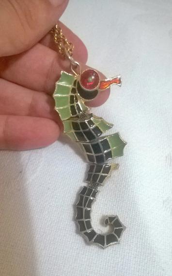 Colar Com Pingente Cavalo Marinho - Semi-jóia - Antiguidade