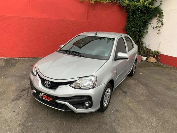 Toyota Etios 1.5 X Sedan 2018 Impecável 17.500kms