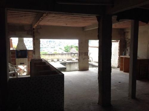 Casa De 03 Pavimentos Com 04 Qtos - 1322