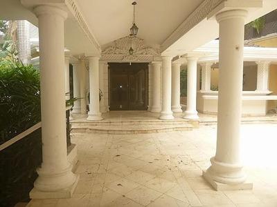 Casa En Viejo Arroyo Hondo De 5 Habitaciones