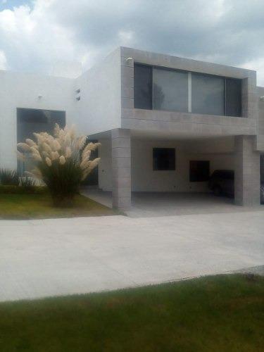 Preciosa Residencia En Real De Juriquilla, Privada Con 5 Casas, Acabados Premium