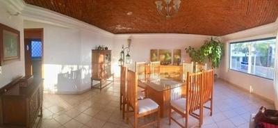 (crm-1621-1727) Vk/ Oportunidad De Inversión. Casa En Venta En Loma Dorada