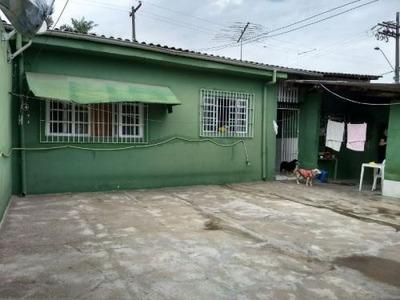 Casa A Venda No Belas Artes Bairro Comercial - Itanhaém