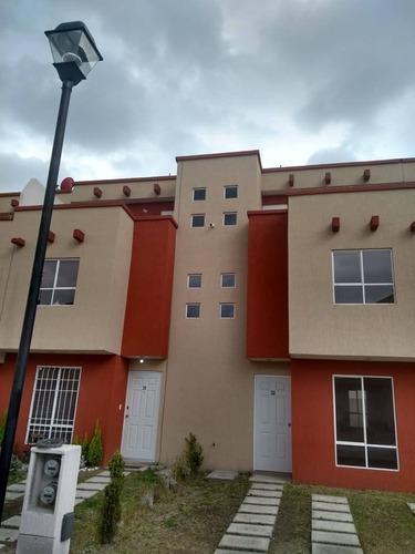 Casa En Renta Cerrada De Olivo Villas Del Bosque, San Antonio La Fe