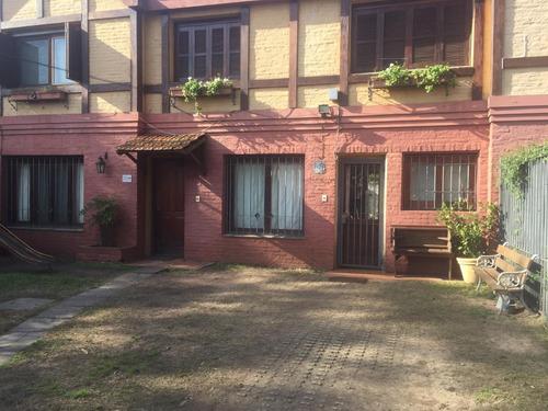 Casa - 3 O 4 Dormitorios/3 Baños - Parrillero/jardin