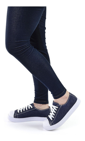 Tênis Sola Baixa Em Lona Jeans Escuro Com Detalhe Em Costura