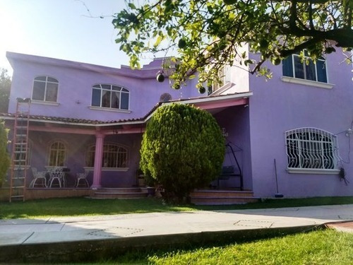 Casa Con Amplio Terreno 1,700m2 Cerrada Balbuena Santa Barbara Cuautla Morelos