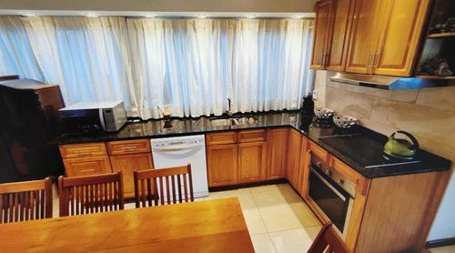 Venta Casa De 3 Dormitorios 3 Baños