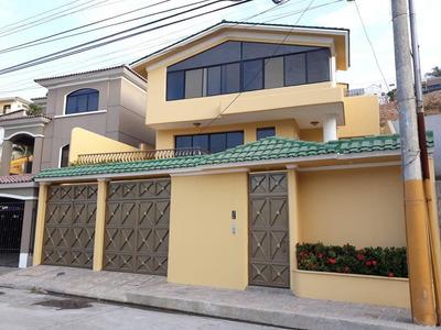 Hermosa Propiedad Residencial En Guayaquil De Venta