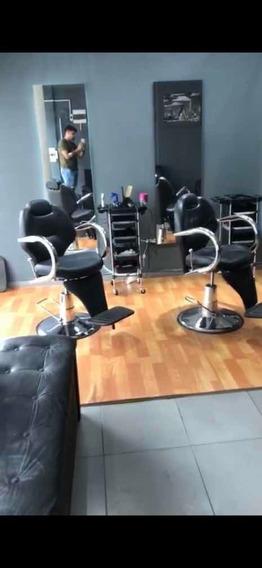 Llave De Peluquería Barbería Funcionando A Full