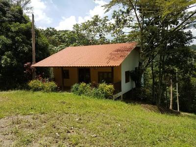 Cabaña De Venta En Las Lomas De Jarabacoa Resd. Seguro.