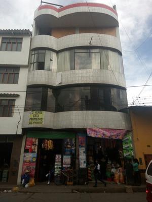 Casa En Zona Comercial
