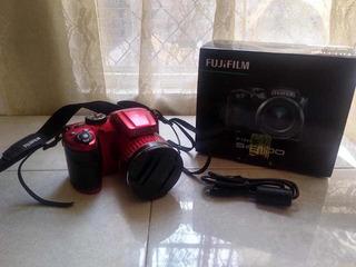 Cámara Fujifilm S4800 Red