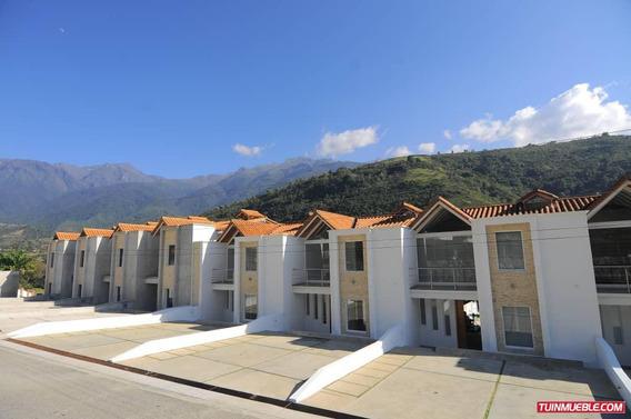 Townhouses En Venta, Conjunto Resd. Villas Del Vecchio