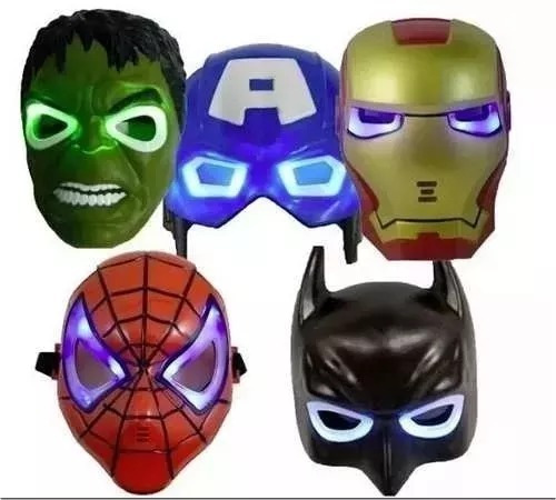 Máscaras Avengers C/luz Batman C.américa Hulk I.man