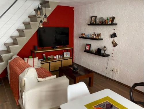Imagen 1 de 14 de Apartamento Parque Rodó - 2 Dormitorios, 1 Baño Y Parrillero