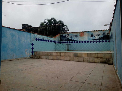 Casa Com Piscina Na Praia R$ 210 Mil Mongaguá Ref: 7336c