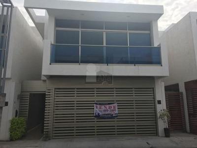Casa En Venta, Veracruz Boca Del Rio, Fracc. Cubika