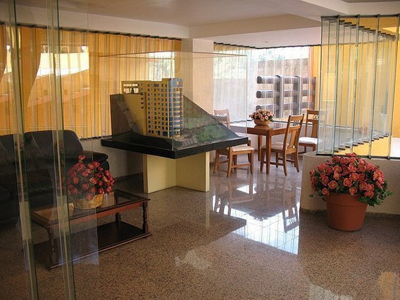 Dvi1012- Piso Residencial Para Convivir, Acabados De Lujo Y Magnífico Ambiente.