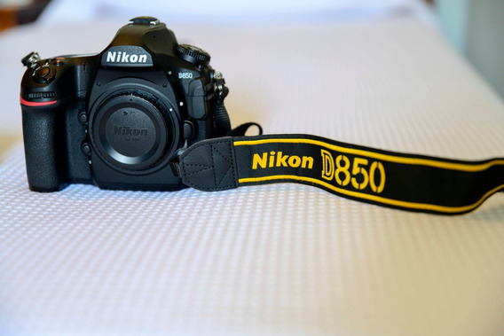Nikon D850 Usada, Ótimo Estado. Acessórios Orig