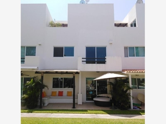 Villa En Venta En Zona Diamante, Acapulco
