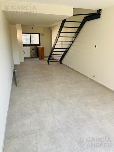 Duplex 2 Dorm  Castellanos Al 400- Echesortu