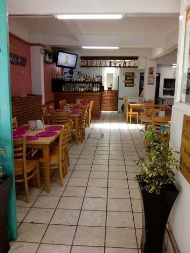 Se Traspasa Excelente Restaurante / Bar De 200 M2 En Hipódromo Condesa.