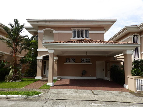 Altos De Panama Preciosa Casa En Venta Panamá