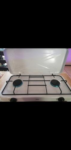 Cocina 4 Quenadores Gas Con Tapa Astor