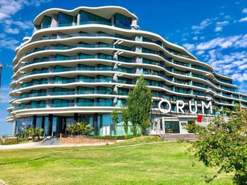 Venta Con Renta De Apartamento 1 Dormitorio En Forum Buceo