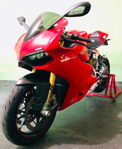 Ducati Panigale 1199 S Superbike