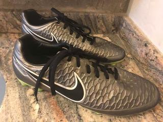 Chuteira Nike Magista Kanga Lite