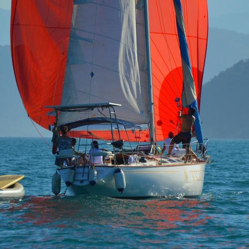 Imagem 1 de 7 de Curso De Vela Oceânica Em Ubatuba.
