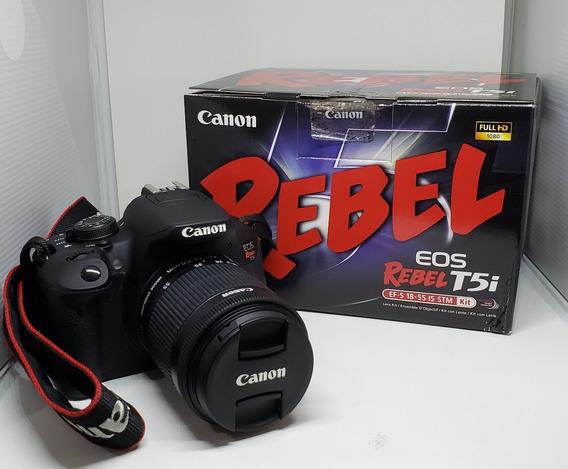 Canon T5i (2 Lentes + Flash + Tripé + Brindes)