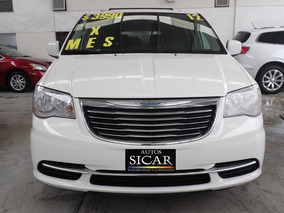 Chrysler Town & Country Lx 2012