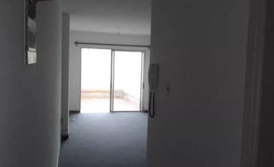 Apartamento En Alquiler De Monoambiente En Pocitos