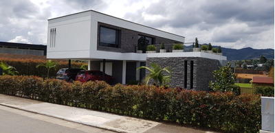 Espectacular Casa En Unidad Cerrada En Llanogrande