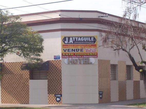 Edificio | V. Loza 1299