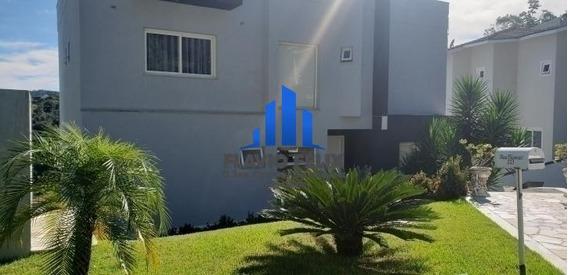 Casa Aruja Hills 3 Com 3 Dormitorios E 6 Vagas - 437