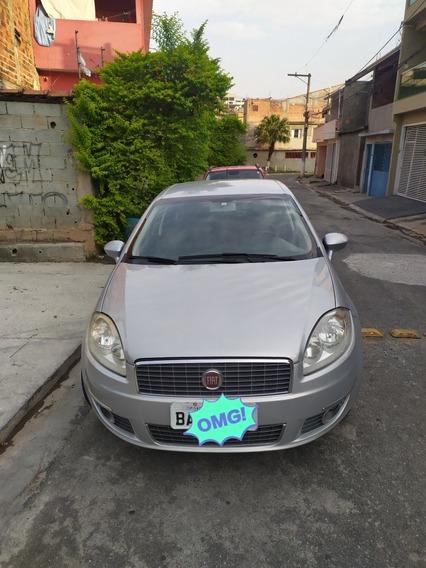 Fiat Linea 1.8 16v Absolute Flex Dualogic 4p 2011