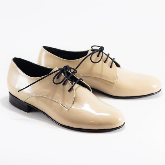 Zapato Abotinado De Charol Genuino - Bygint: Prusia Beige
