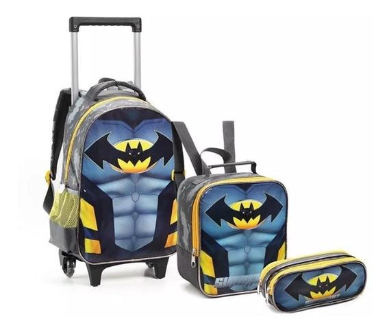 Kit Mochila Rodinhas Infantil Escolar Batman Novo Tamanho G