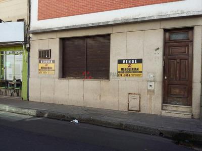 Casa Para Uso Comercial En Alquiler / Centro- Tucuman 300