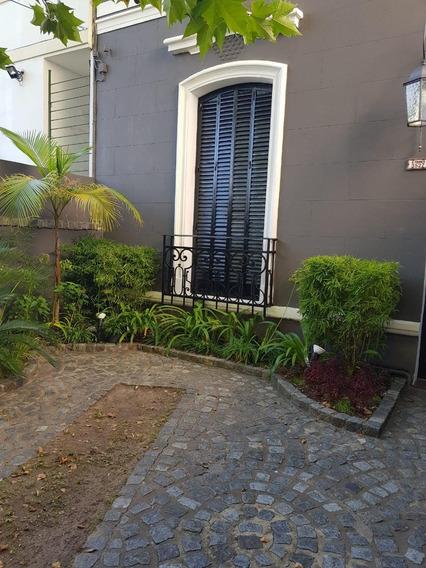 Hermosa Casa Con Fondo Y Quincho. Estilo De Campo.
