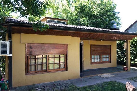 Venta De Casa 2 Dormitorios El Pato