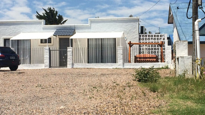 Vendo O Permuto Casa De 3 Dormitorios Y 2 Baños Rambla