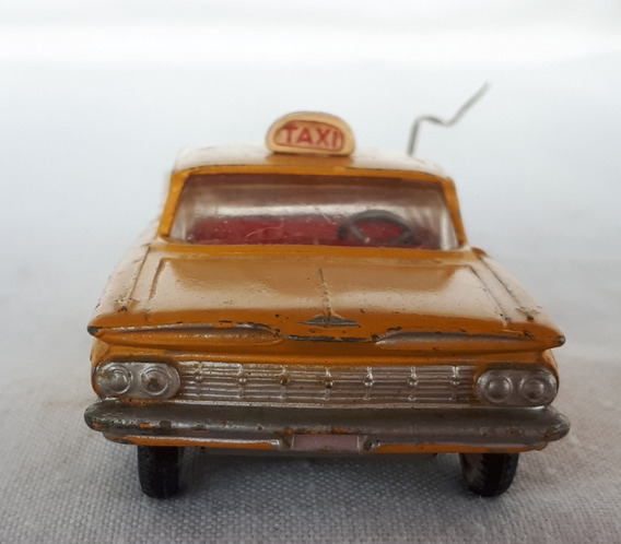 Miniatura Corgi Toys Chevrolet Impala Taxi 221 - 1960