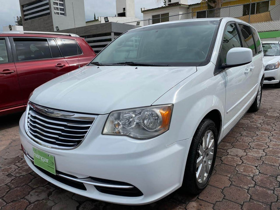 Chrysler Town And Country 2014 Lx Automatica. Blanca Hangar