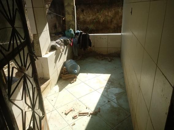 Vendo Casa De 2 Quarto Cozinha E Banheiro 3 Varandas Murada.