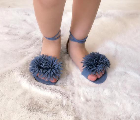 Sandalias De Niña Con Motitas